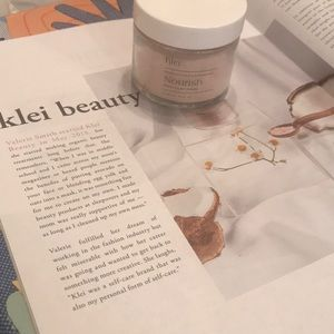 Pink Clay mask - brand new!
